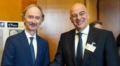 Συνάντηση Δένδια με τον ειδικό εκπρόσωπο του ΟΗΕ για τη Συρία – Τι συζήτησαν
