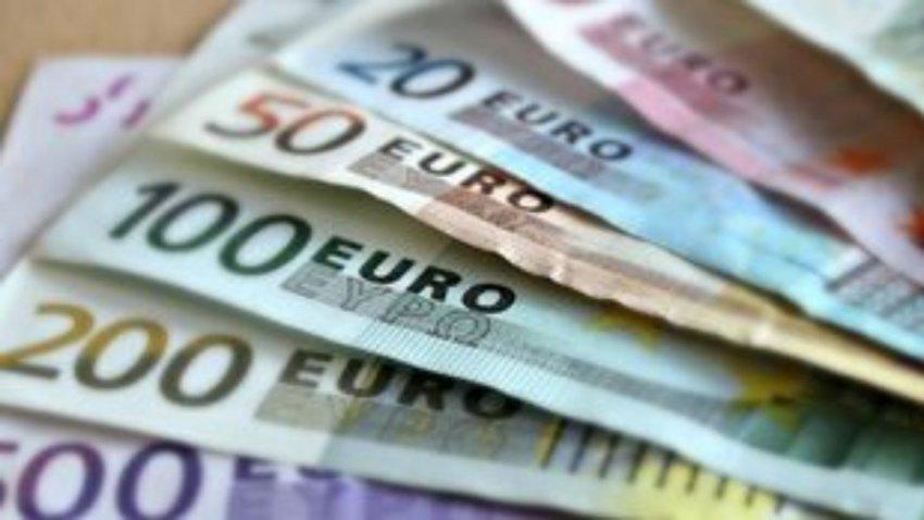 Άνοιξε η πλατφόρμα για το επίδομα των 800 ευρώ στους εργαζόμενους – Πώς θα γίνει η αίτηση