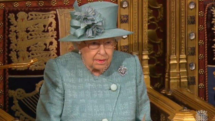 Κορωνοϊός: Ανησυχία για τη βασίλισσα Ελισάβετ - Είχε συναντηθεί με τον Κάρολο