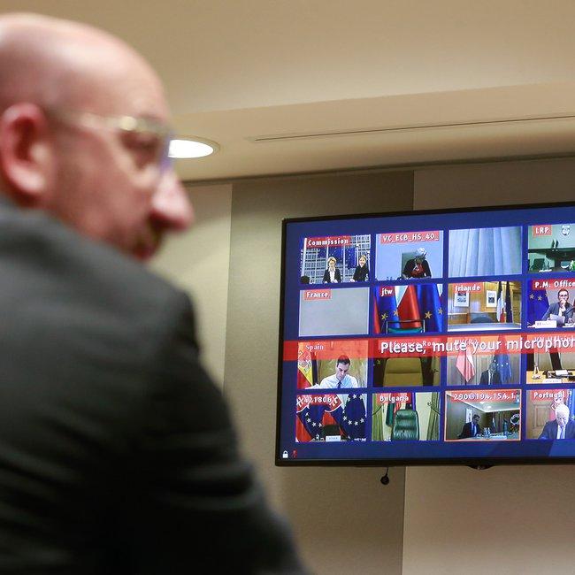 Βέτο Ιταλίας, Ισπανίας στη Σύνοδο Κορυφής λόγω άρνησης κρατών να εκδοθούν κορωνο-ομόλογα