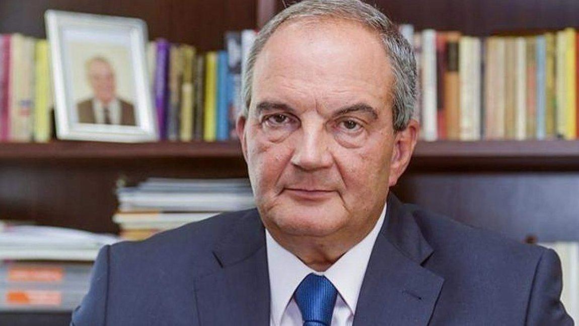Δήλωση του πρώην πρωθυπουργού Κώστα Καραμανλή για την απώλεια του ...