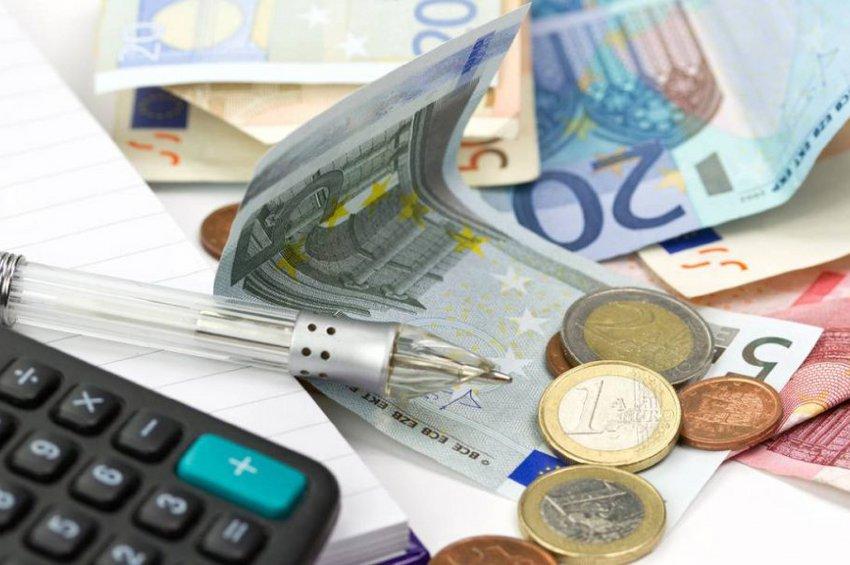 Βρούτσης: Ανοίγει στις 6 Απριλίου η πλατφόρμα για τα 800 ευρώ στους ελεύθερους επαγγελματίες και τις ατομικές επιχειρήσεις