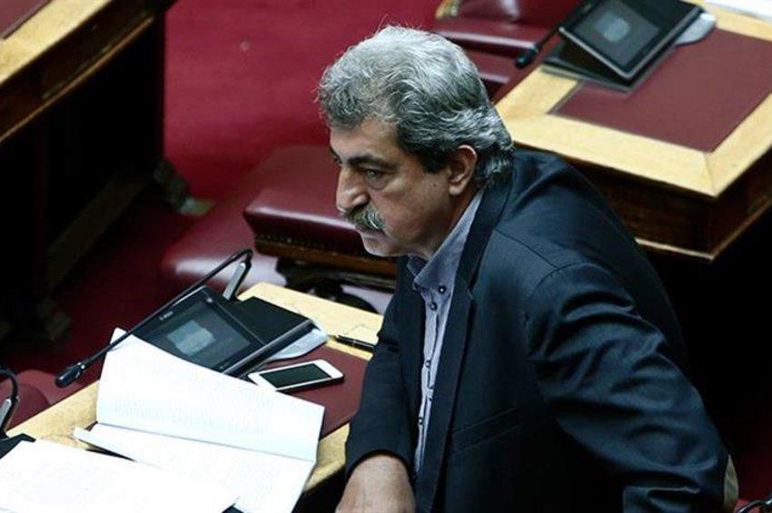 Πολάκης για το κάλεσμα Μητσοτάκη να καταθέσουν οι βουλευτές το 50% του μισθού τους στον ειδικό λογαριασμό για τον κορωνοϊό