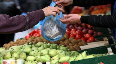Μπαράζ ελέγχων σε λαϊκές αγορές για την τήρηση των μέτρων