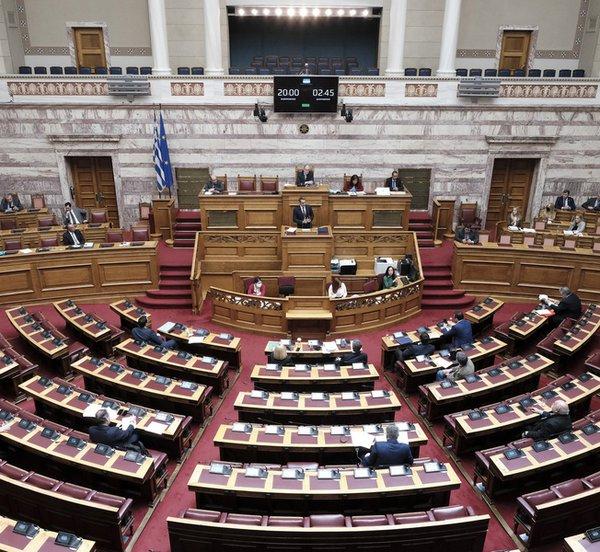 Στη Βουλή η επέκταση μείωσης ενοικίου σε μαγαζιά και κατοικίες - Δείτε την τροπολογία