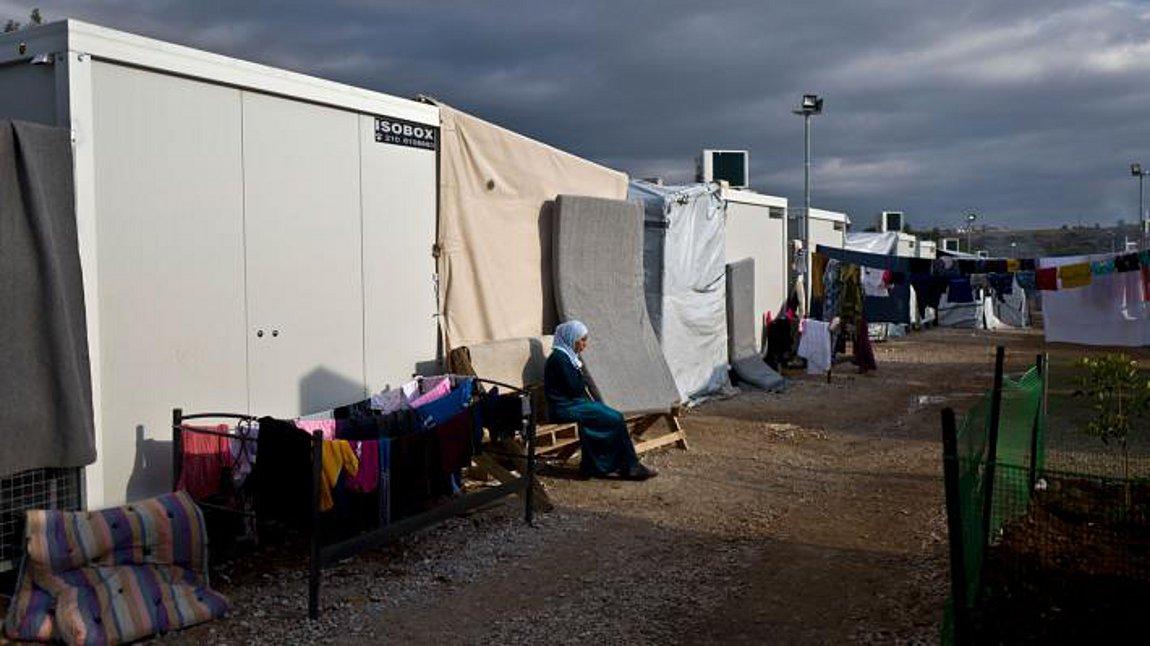 Κορωνοϊός: 20 κρούσματα στη δομή μεταναστών στη Ριτσώνα - Μπαίνει ...