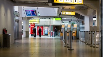 Κορωνοϊός: Οι Γερμανοί στηρίζουν τα μέτρα περιορισμού της κυκλοφορίας - Σε άνοδο τα ποσοστά της Μέρκελ