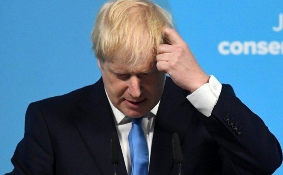 Στην ΜΕΘ, χωρίς υποστήριξη αναπνοής ο Τζόνσον - Δεν έχει πνευμονία λέει η Downing Street