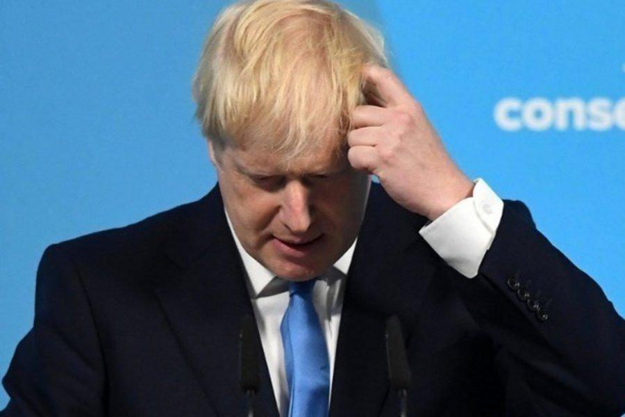Βρετανία: Πέφτουν στις δημοσκοπήσεις οι Συντηρητικοί, δυσαρέσκεια των πολιτών για τον τρόπο που διαχειρίστηκαν την πανδημία