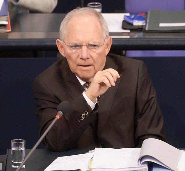 Σόιμπλε: Η Ευρώπη δεν θα γίνει ισχυρότερη αλλά πιο αδύναμη με τα ομόλογα κορωνοϊού