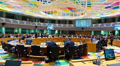 Μέτρα και χρηματοδότηση μέσω ESM για την ενίσχυση της οικονομίας προκρίνει το Eurogroup
