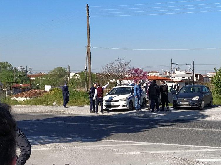 Λάρισα-Κορωνοϊός: Άρχισε η συλλογή μεγάλου αριθμού δειγμάτων στον οικισμό Ρομά