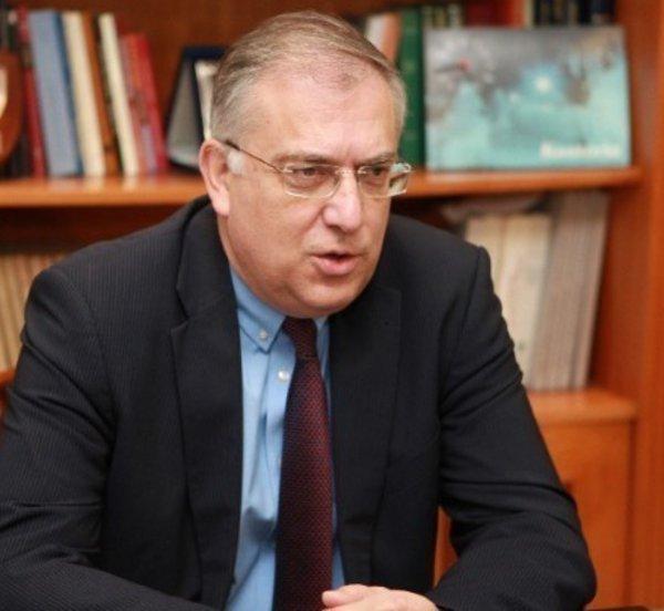 Θεοδωρικάκος: Μπαίνει τέλος σε ένα αναποτελεσματικό σύστημα απονομής ιθαγένειας
