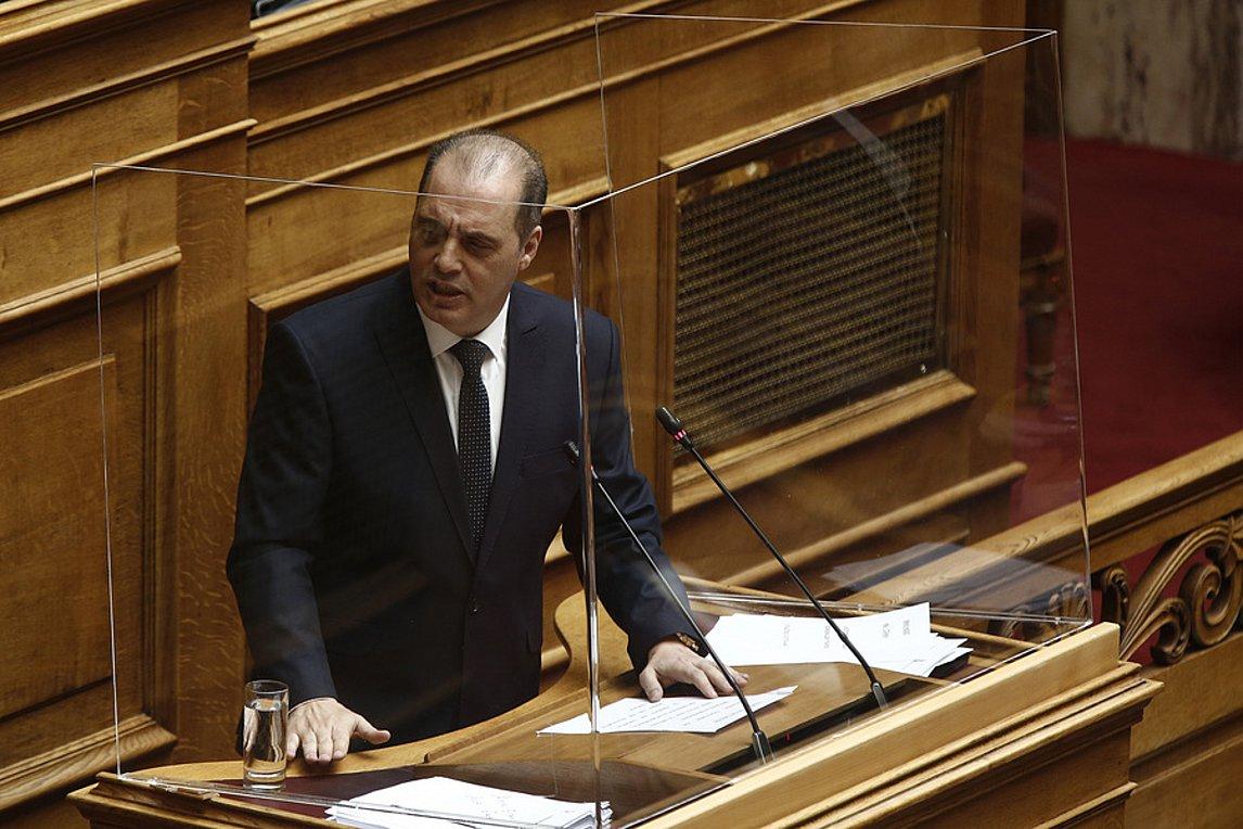 Επίθεση Βελόπουλου στην κυβέρνηση, για την εξωτερική πολιτική και το ν/σ για τις διαδηλώσεις