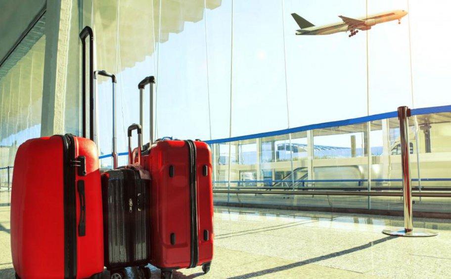 Να ταξιδεύουν στην Ελλάδα ελεύθερα (πλην της Αττικής) θα μπορούν από την Κυριακή οι Ολλανδοί τουρίστες