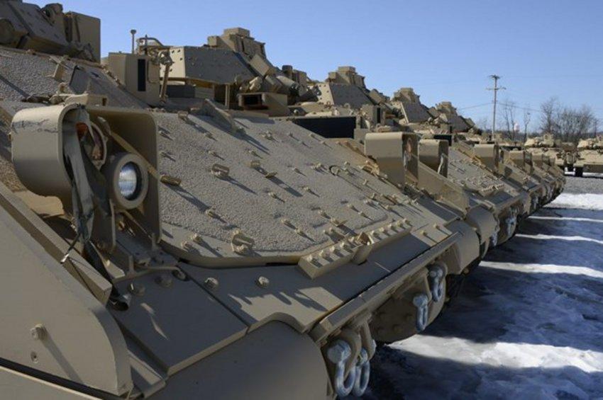 350 Bradley M2A2 από τις ΗΠΑ για τον Έβρο - ΒΙΝΤΕΟ