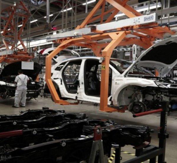 Κορωνοϊός: Περικοπή 1.000 θέσεων εργασίας στην Bentley