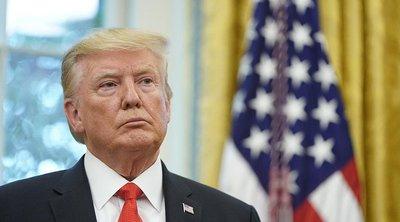 ΗΠΑ: Ο Τραμπ συμμορφώνεται - Θα μοιράσει μάσκες σε προεκλογική του εκστρατεία
