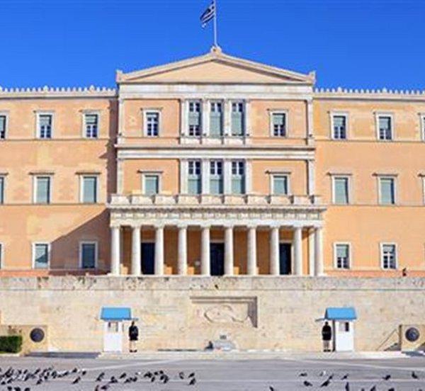 Κατατίθεται στη Βουλή το νομοσχέδιο «Ασφαλιστική μεταρρύθμιση για τη νέα γενιά»