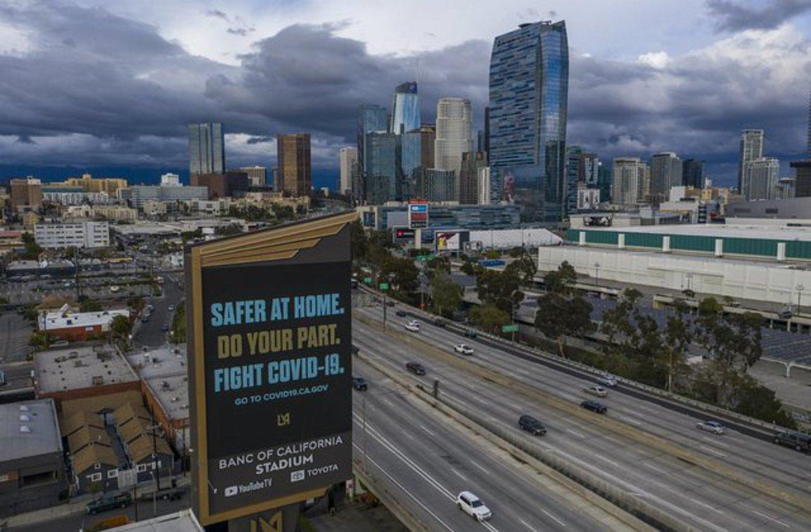 Έξαρση κρουσμάτων κορωνοϊού στην Καλιφόρνια - Κλείνουν μπαρ, εστιατόρια, κινηματογράφοι, εγκαταστάσεις για 3 εβδομάδες