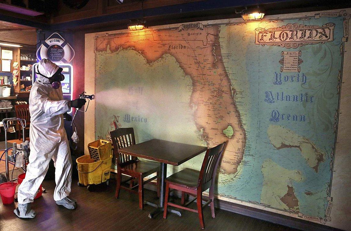 Νέο ρεκόρ κρουσμάτων κορωνοϊού στη Φλόριντα, περισσότερα από 10.000 σε μια ημέρα