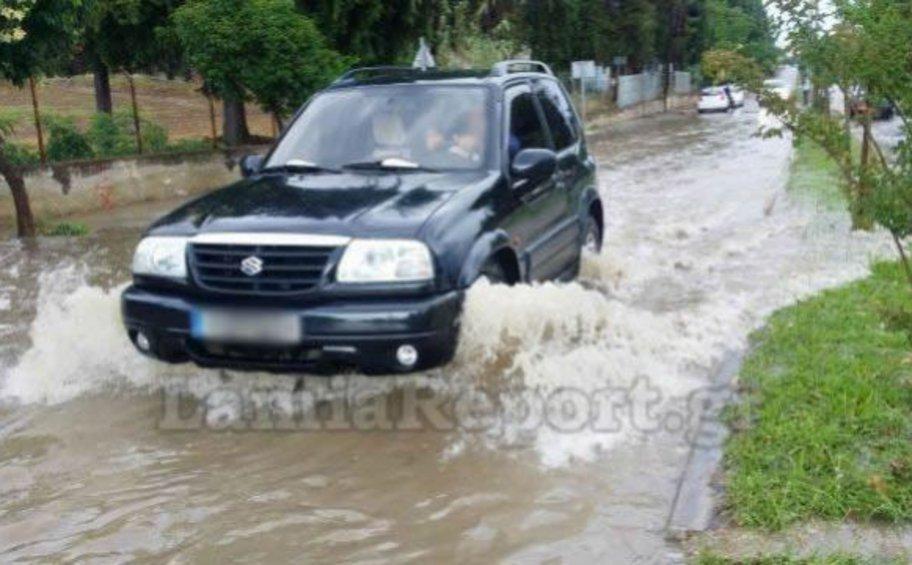 Φθιώτιδα: Προβλήματα στους δρόμους από το μπουρίνι - Διακόπηκε η κυκλοφορία σε δυο σημεία του νομού