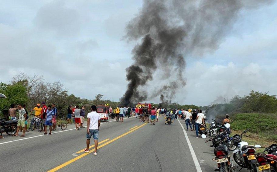 Κολομβία: Τουλάχιστον 7 νεκροί και 46 τραυματίες από έκρηξη βυτιοφόρου