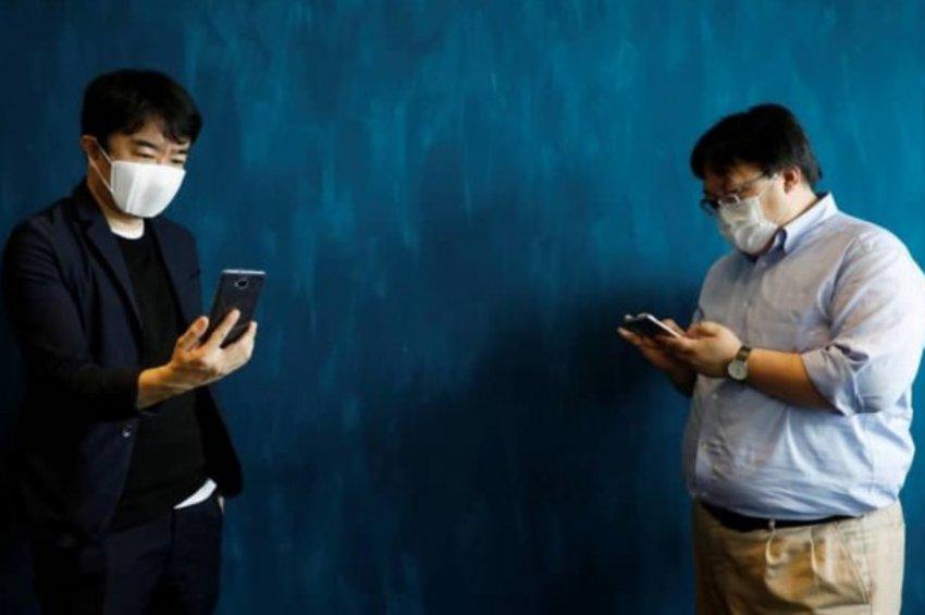 C-FACE: Μάσκα κατά του κορωνοϊού και μεταφραστής