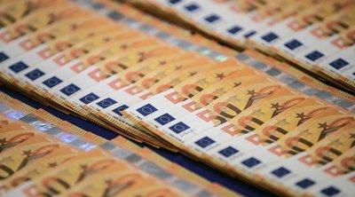 Γενικός Εισαγγελέας ΔΕΕ: Τα κράτη-μέλη μπορούν να περιορίζουν τη χρήση μετρητών για λόγους δημοσίου συμφέροντος