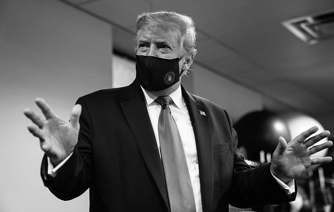 Ο Τραμπ, φορώντας μάσκα, επισκέφθηκε τον αδελφό του σε νοσοκομείο της Νέας Υόρκης