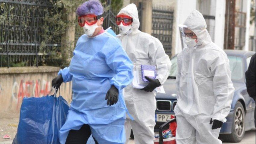 Φόβοι για lockdown στην Καβάλα μετά τα 24 νέα κρούσματα κορωνοϊού σε βιομηχανία - Συναγερμός και στο Βόλο