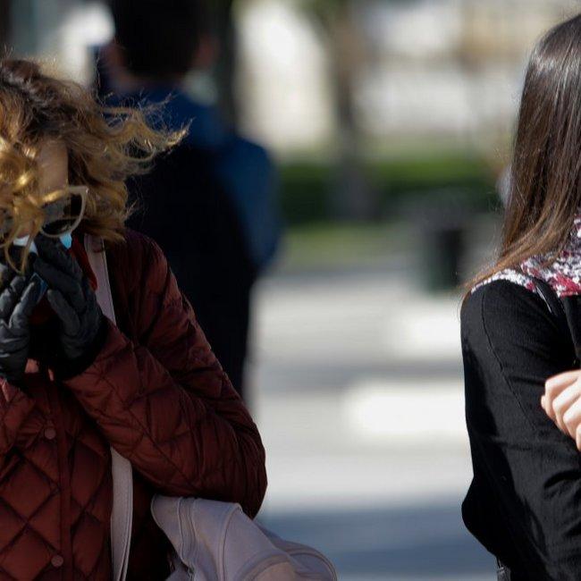 Νέα αύξηση κρουσμάτων με 153 νέα, τα περισσότερα σε Αθήνα και Θεσσαλονίκη