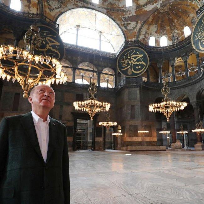 Δυσαρέσκεια και μέσα στην Τουρκία για την μετατροπή της Αγίας Σοφίας σε τζαμί - Η δήλωση Ερντογάν