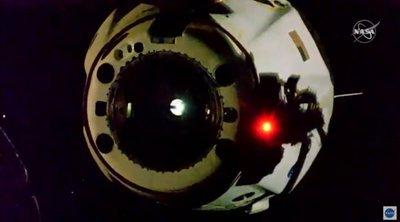 ΗΠΑ: Η κάψουλα της SpaceX επέστρεψε στη Γη