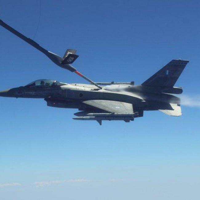 Η ευκαιρία της Πολεμικής Αεροπορίας για ιπτάμενα τάνκερ και οι προβληματισμοί