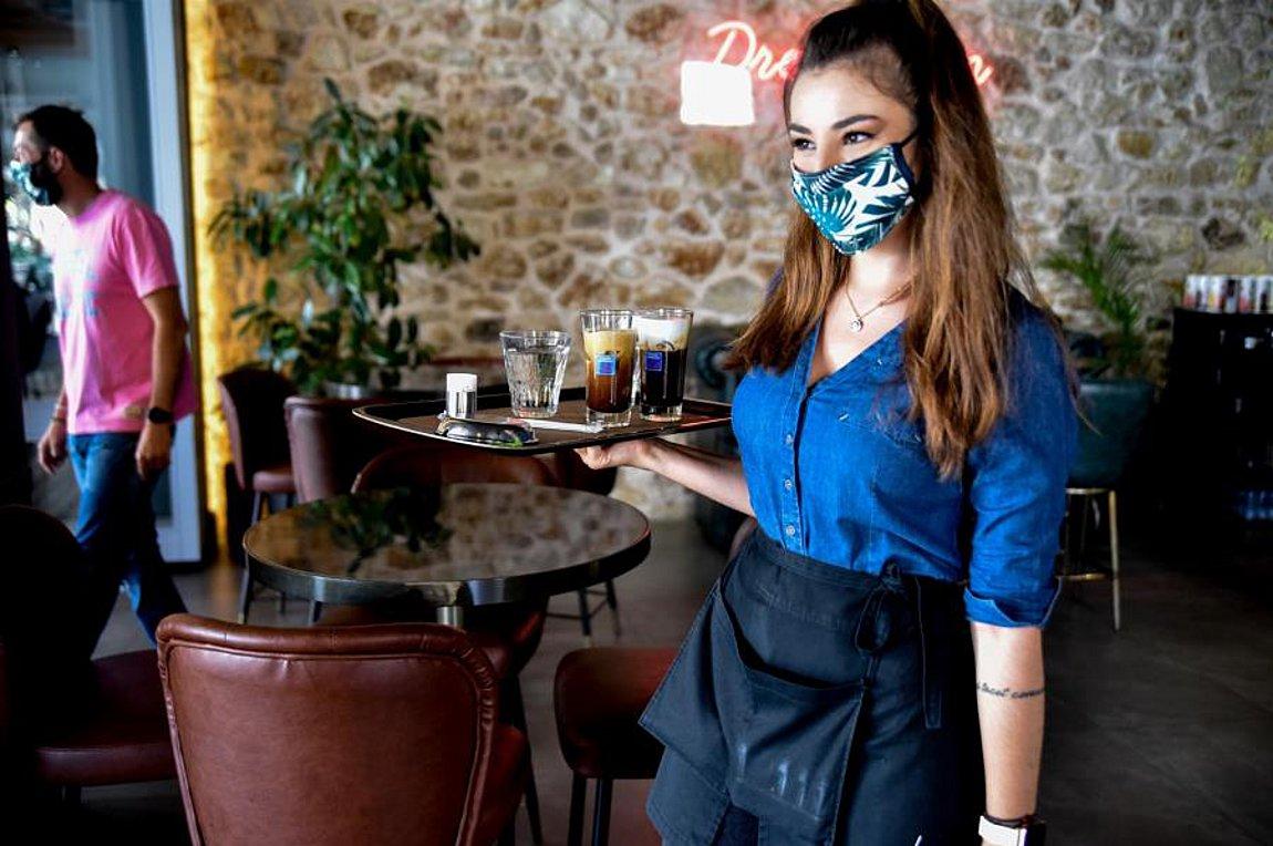 Ανοιχτό το ενδεχόμενο νέων μέτρων σε μπαρ και εστιατόρια -Τι εξετάζεται:Yπάρχει η σκέψη «να κλείνουν νωρίς»