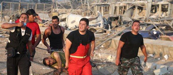 Πληροφορίες για μια νεκρή και δύο τραυματίες Ελληνίδες στη Βηρυτό - Στο Λίβανο ο υφ. Εξωτερικών
