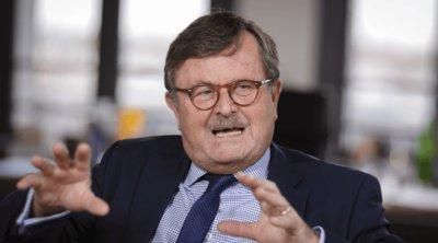 Πρόεδρος Παγκόσμιας Ιατρικής Ένωσης: Βρισκόμαστε σε μόνιμο κύμα κορωνοϊού, πρέπει να ζήσουμε με αυτό για μεγάλο χρονικό διάστημα