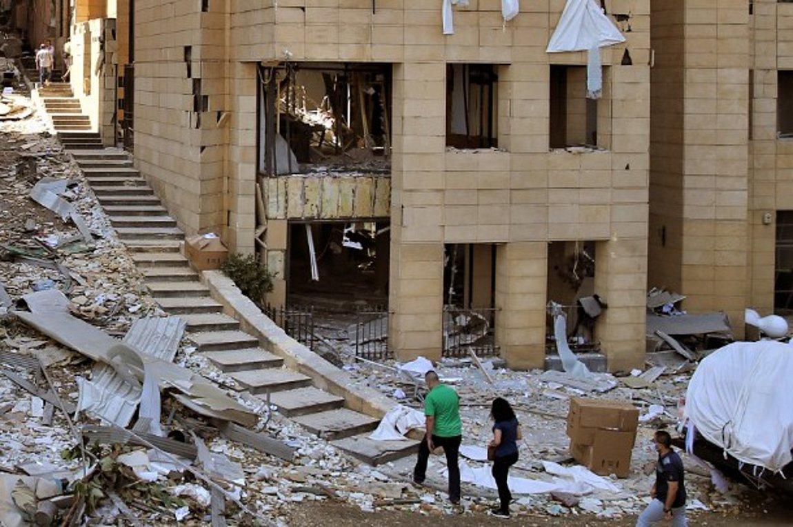 Χαριστική βολή για τον Λίβανο: Θρήνος για τα θύματα, οργή για τις ευθύνες, σε μια χώρα που έχει γονατίσει