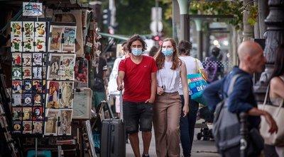 Ερχονται νέα μέτρα λόγω απειθαρχίας: Οι λοιμοξιωλόγοι εισηγούνται μάσκες παντού και ηλικιακούς περιορισμούς