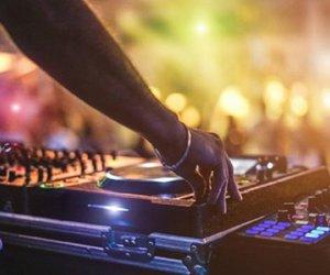 Χανιά: Λουκέτο σε δύο μπαρ για παραβίαση των μέτρων για τον κορωνοϊό