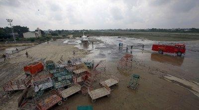 Νεπάλ: Τουλάχιστον 16 νεκροί και δεκάδες αγνοούμενοι από τις καταρρακτώδεις βροχές και τις κατολισθήσεις