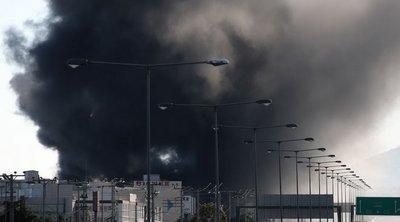 Φωτιά στη Μεταμόρφωση - Οι οδηγίες της Περιφέρειας Αττικής στους πολίτες λόγω των πυκνών καπνών