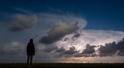Ισχυρές καταιγίδες στη Βόρεια Ελλάδα και υψηλές θερμοκρασίες στην υπόλοιπη χώρα