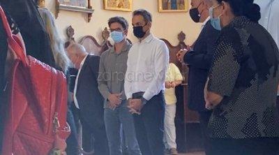 Μητσοτάκης: Με μάσκα στη Θεία Λειτουργία για τον Δεκαπενταύγουστο - ΦΩΤΟ - ΒΙΝΤΕΟ