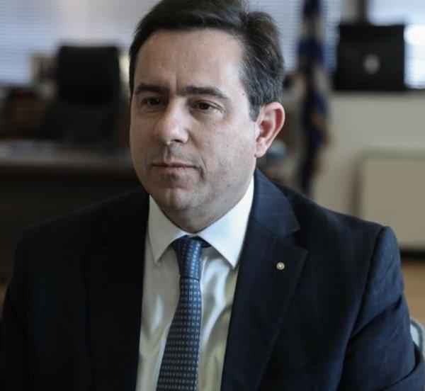 Μηταράκης: «Η Ελλάδα δεν συμμετέχει σε υποτιθέμενες επαναπροωθήσεις»