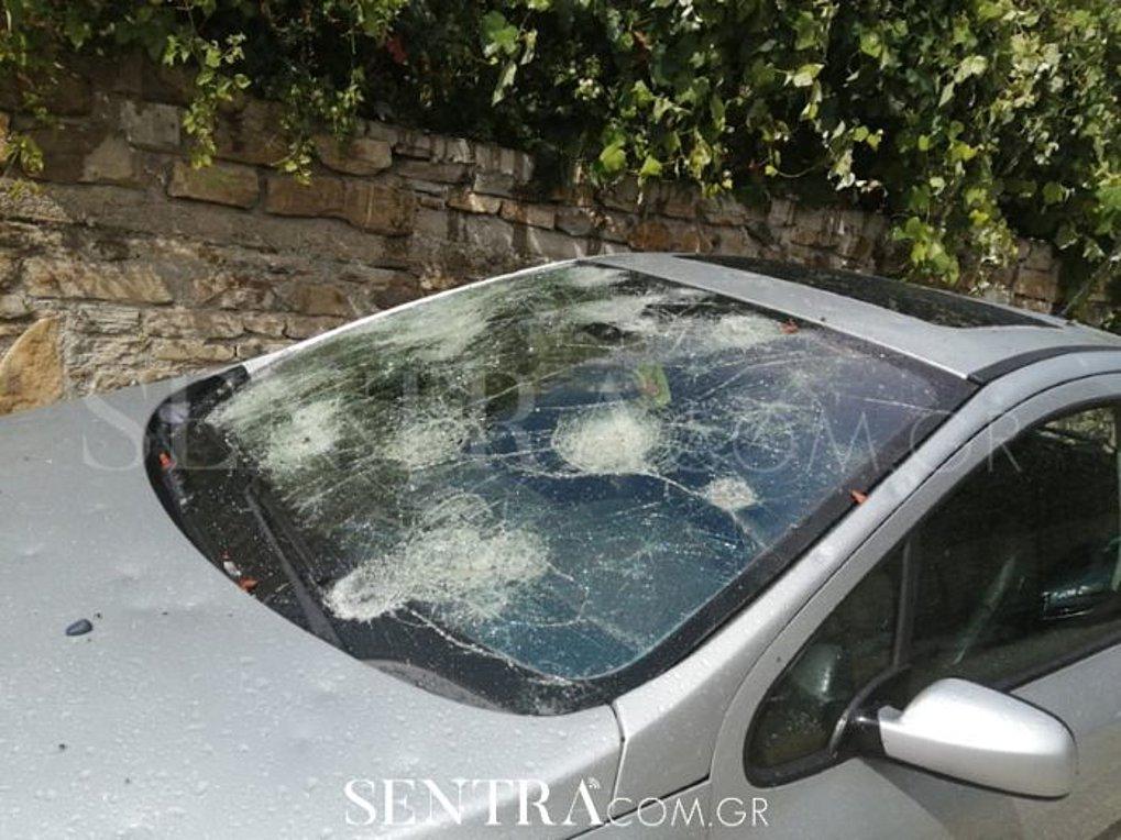 «Χτυπήθηκε» από σφοδρές χαλαζοπτώσεις η Καστοριά – Τεράστιες ζημιές σε σπίτια και αυτοκίνητα