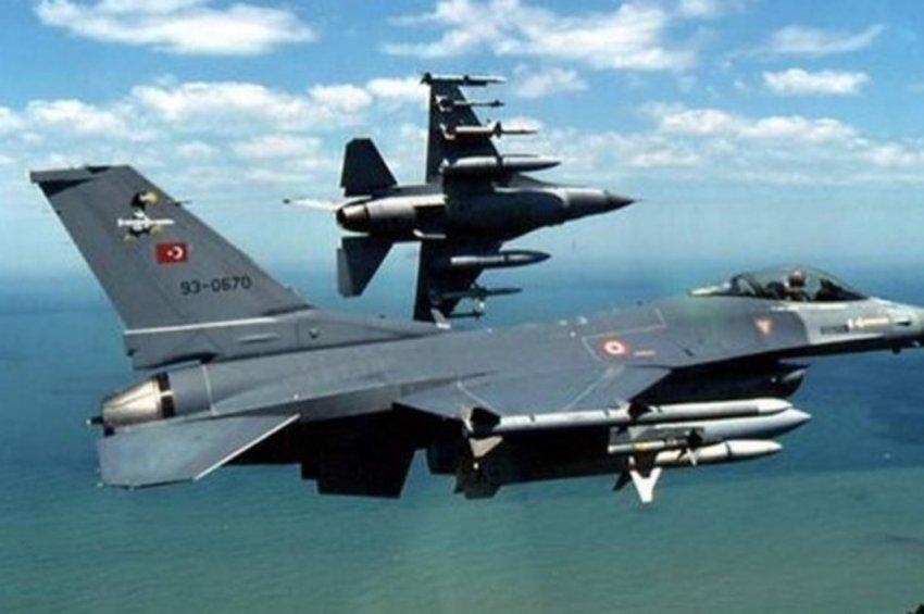 Νέες προκλήσεις από την Αγκυρα στο Αιγαίο: Τουρκικά F-16 πέταξαν πάνω από τους Ανθρωποφάγους
