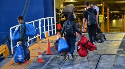 Στο Λαύριο εντός της ημέρας πρόσφυγες και μετανάστες από έξι νησιά του αν. Αιγαίου