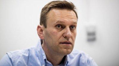 Ρωσία: Ο Ναβάλνι κατηγορεί την Apple και τη Google ότι έγιναν «συνεργοί» του Πούτιν